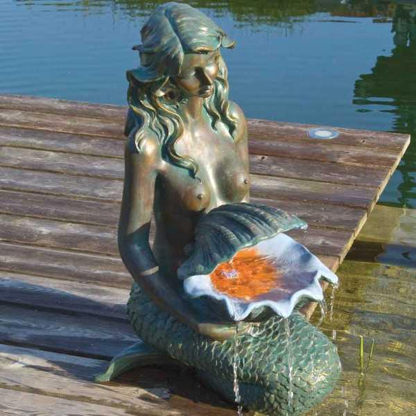Ubbink Oslo, Meerjungfrau mit Schale, Polyresin, 34 x 46 x 78 cm, 1 x LED