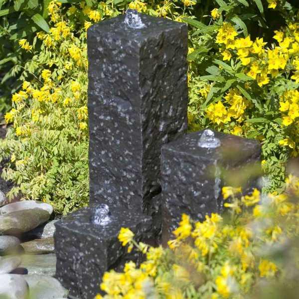 Ubbink Gartenbrunnen Taranto,  3 Granitsäulen 12 x 12 x 15/30/45cm